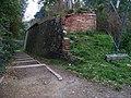 Hládkov, schodiště do hradebního příkopu.jpg