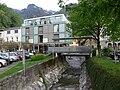Hohenems Brücke über Emsbach Hotel.jpg