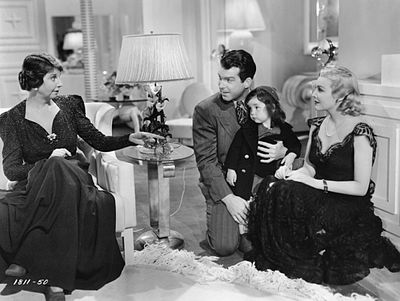 Honeymoon in Bali (1939, avec Helen Broderick, Fred MacMurray, Carolyn Lee et Madeleine Carroll (de g. à d.)