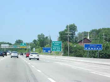 English: I-35 entering Kansas