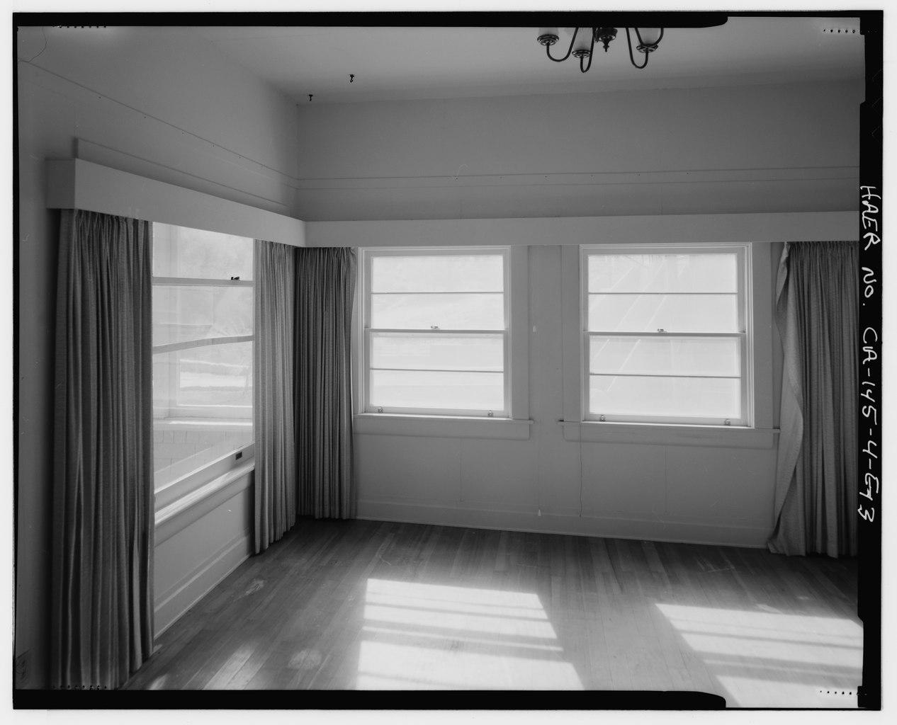 Interior Wall Transom Between Rooms