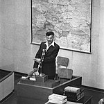 יצחק צוקרמן, ממנהיגי מרד גטו ורשה, מעיד במשפט אייכמן