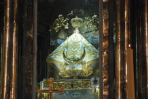 San Juan de los Lagos - Image of Our Lady of San Juan de los Lagos in her basilica