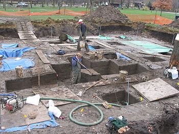 English: Excavations at the Edgewater Park Sit...