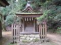 Isonokami-jingu Sarutahiko-jinja.jpg