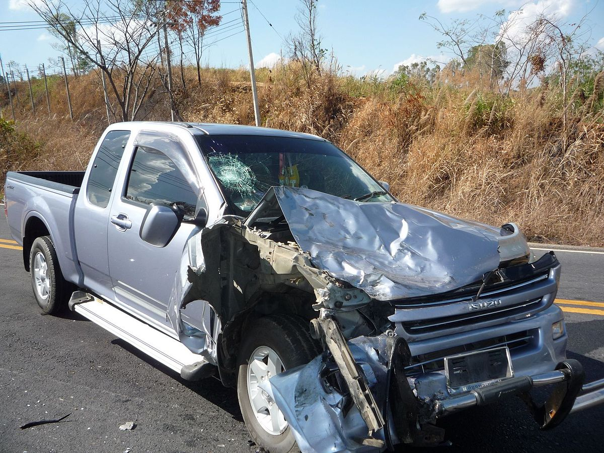 Isuzu D-Max crash 1.jpg