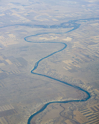 South Saskatchewan River - The South Saskatchewan River at Empress, AB where it receives the Red Deer River
