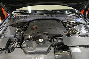 Jaguar XJ (X350) 2.7 liter V6 turbo diesel engine.jpg
