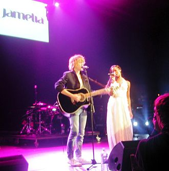 Johnny Borrell - Borrell and Jamelia performing in September 2004