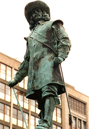 History of South Africa - The statue of Jan van Riebeeck, the founder of Cape Town, in Heerengracht Street.