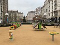 Jardin d'enfants de la place du Général Brosset (Lyon, France).jpg