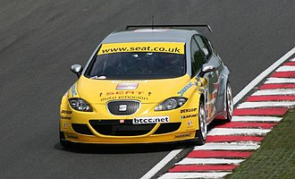 Jason Plato - Plato driving for SEAT at the Oulton Park round of the 2006 British Touring Car Championship.