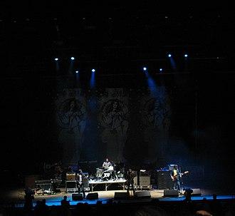 Jet (Australian band) - Live on stage, 2004