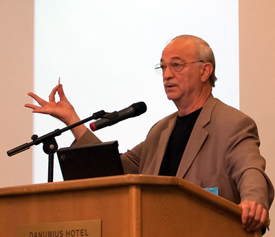 Joe Nickell, a notable skeptic of mediumship. According to Nickell, modern mediums use mentalist techniques such as cold reading. Joe Nickell European Skeptics Congress Budapest.png