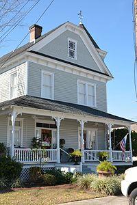 John W. C. Trowell House, Jesup, GA, US (06).jpg