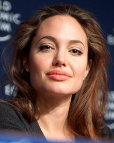 Angelina Jolie au Forum économique mondial, à Davos (Suisse), en 2005