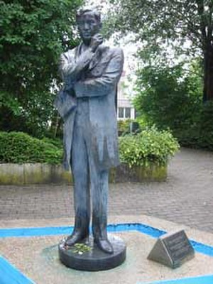 Anastacio Caedo - José Rizal statue in Wilhelmsfeld