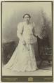 KITLV - 25643 - Kurkdjian, N.V. Photografisch Atelier O. - Soerabaja - Indo-Chinese woman, Surabaya - circa 1910.tif