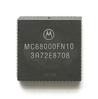 Motorola 68000 - Motorola MC68000 (PLCC package)
