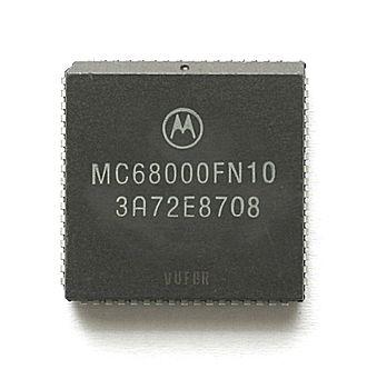 Motorola 68000 - Motorola MC68000 (PLCC package)