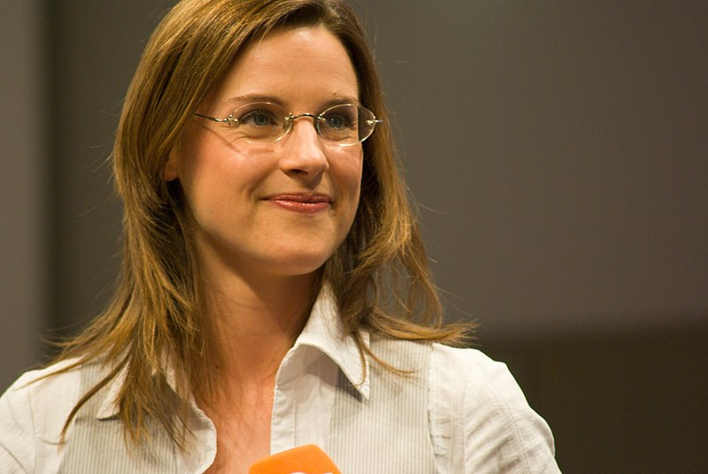 Brigitte bastgen bilder news infos aus dem web for Nachrichtensprecher zdf