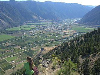 Keremeos - Keremeos (looking west) from a view point east of Pincushion.