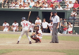 Kirby Puckett - Puckett bats at a spring training game, 1993