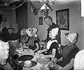 Kostuumafdeling Openluchtmuseum Arnhem, Zeeuwse bruiloftsgroep, Bestanddeelnr 907-1305.jpg