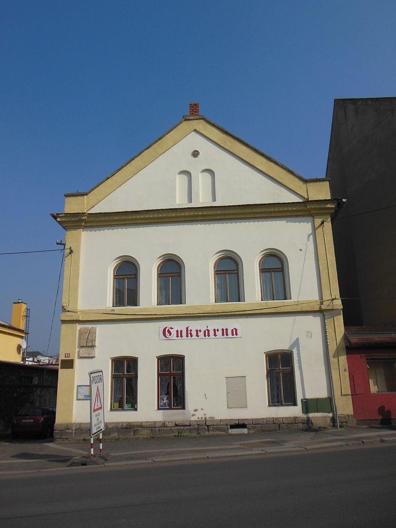 Kralupy nad Vltavou, S. K. Neumanna, synagoga.jpg