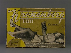 Stocking - Kronenberg brand stocking from mid 20th century from the permanent collection of the Museo del Objeto del Objeto.
