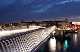 Inderhavnsbroen - Inderhavnsbroen at night
