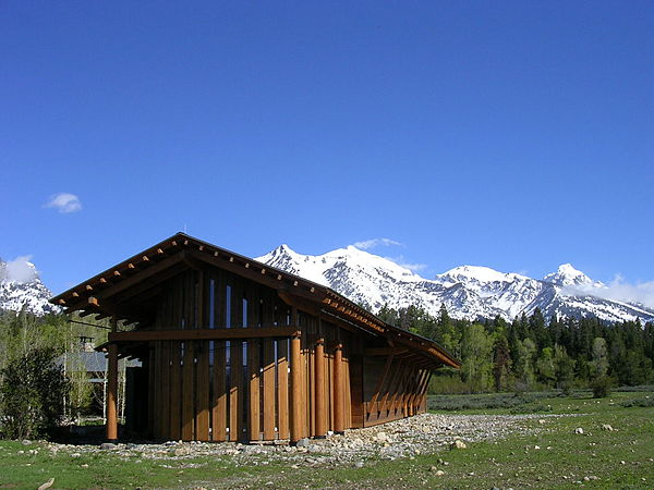 Ranches in wyoming for Grand ranch
