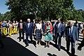 La alcaldesa en funciones acompaña a la Reina en la inauguración de la Feria del Libro 08.jpg