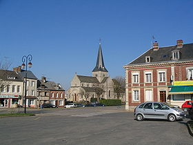 La place de Saint-Laurent-Caux.jpg