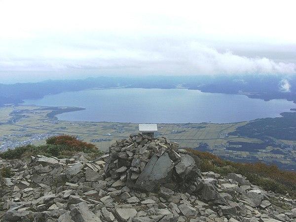 猪苗代湖 - Wikipedia