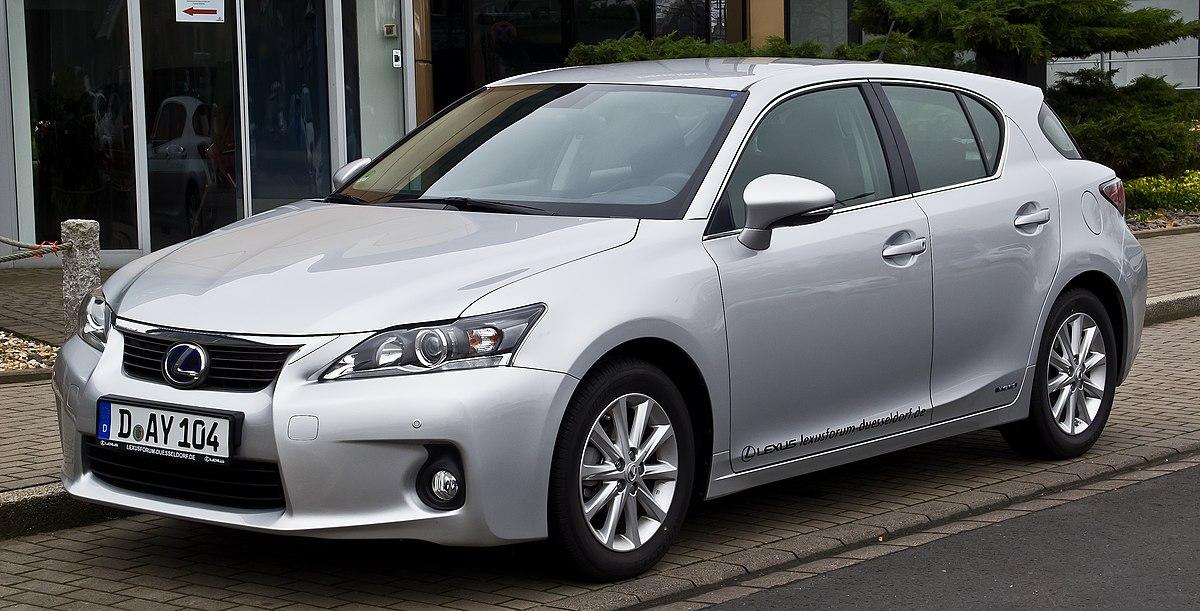 Lexus CT200h (2010–2014)