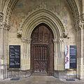 Librería capitular (Claustro de la Catedral de León). Puerta.jpg