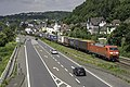 Linz Am Rhein DB 152 52 met een Huckpacktrein richting Koblenz (28441788342).jpg