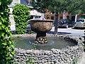 Loarre 4 une fontaine.jpg