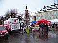 Lomnice nad Popelkou, náměstí, zabijačkový stánek.jpg