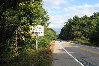 Massachusetts Route 27 - Southbound entering Medfield