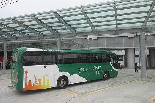 HK-Zhu-Macau Bridge port building Jan 2019 OneBus 03