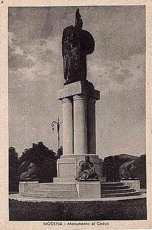 Ermenegildo Luppi - Image: MO Modena 1945 monumento caduti