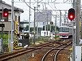 MT-Ajiyoshi Station-CrossoverTrack.jpg