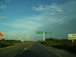 Mexican Federal Highway 180 - Image: MX 180 toward Cancun