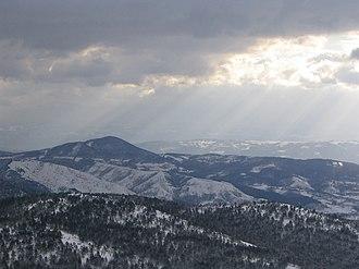 Maljen - Image: Maljen Divčibare Crni vrh pogled ka jugo istoku prema Tometinom polju 4