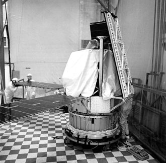 Mariner 8 - Mariner 8 during solar arrays installation