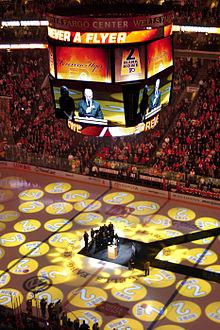 220px-Mark_Howe_Flyers_Number_Retirement Mark Howe Hartford Whalers Mark Howe Philadelphia Flyers
