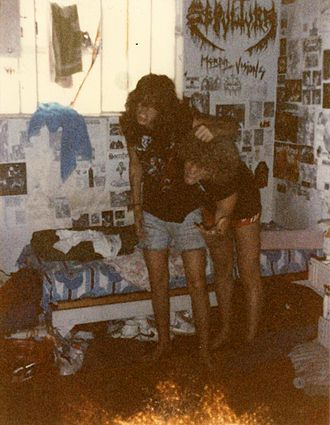 Pentagram Chile - Reisenegger with Max Cavalera during their stay in Brazil to record an LP that never appeared.