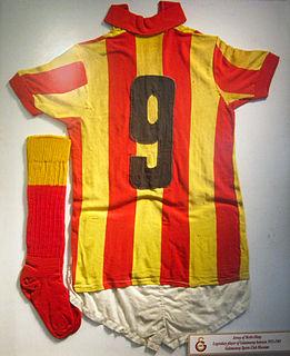 Metin Oktay Turkish footballer